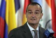 سفير فرنسا في الولايات المتحدة جيرار آرو