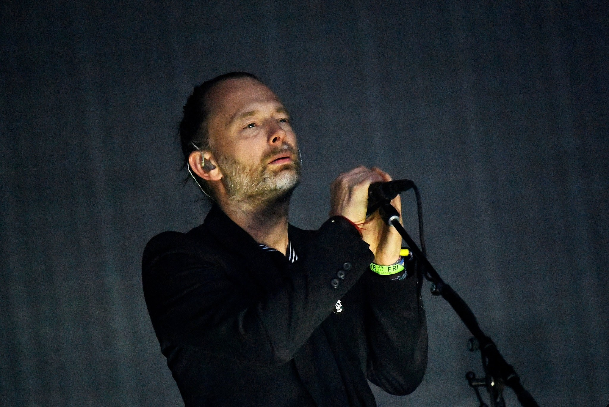 Radiohead performs on the Pyramid Stage at Worthy Farm in Somerset during the Glastonbury Festival in Britain on June 23, 2017. (REUTERS Photo)
