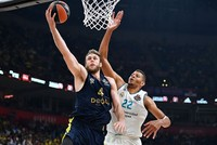 Fenerbahçe wins silver in Euroleague after Real Madrid defeat