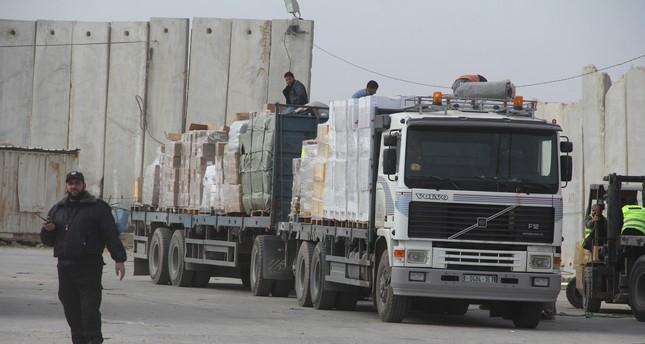 إسرائيل تغلق المعبر التجاري الوحيد مع غزة بشكل كلي