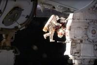 Российские космонавты провели в космосе 8 часов