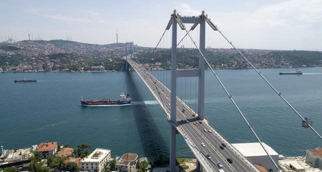 أردوغان يشارك الأحد في مسيرة على جسر شهداء 15 تموز