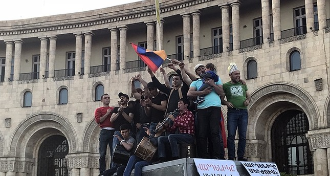 Armenian opposition protesters rally in Yerevan