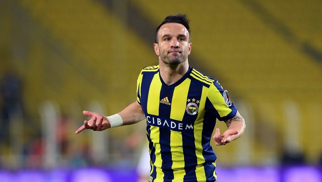 It is uncertain whether Fenerbahu00e7e's Valbuena will be able to start against Akhisarspor in todayu2019s Ziraat Turkish Cup final.
