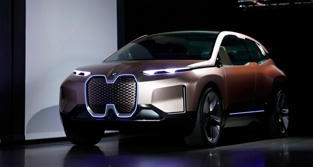 The BMW iNEXT electric autonomous concept car is introduced during a BMW press conference at the Los Angeles Auto Show in Los Angeles, California, U.S. November 28, 2018. (Reuters File Photo)