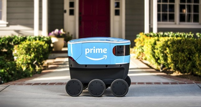 This undated photo provided by Amazon shows a self-driving delivery robot that Amazon is calling Scout. (AP Photo)