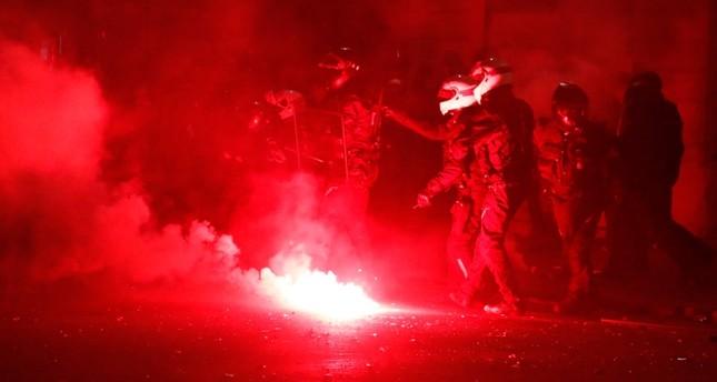 الرئيس أردوغان: كل مكان في فرنسا يحترق وينهار