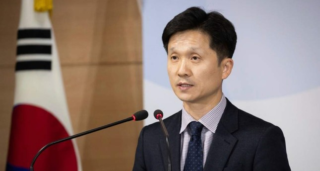 South Korean Unification Ministry spokesman Lee Sang-min briefs the media at a government complex in downtown Seoul, South Korea, Thursday, Nov. 7, 2019. (AP Photo)