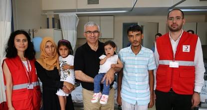 فريق طبي تركي يجري جراحة قلب ناجحة لطفلة سورية