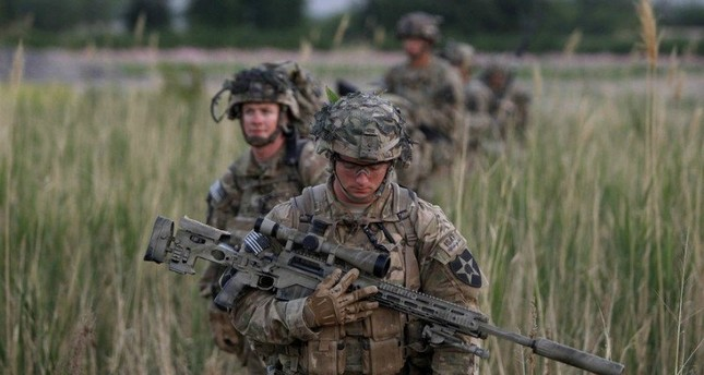 U.S. Army Personnel infield, in combat uniform. (REUTERS Photo)