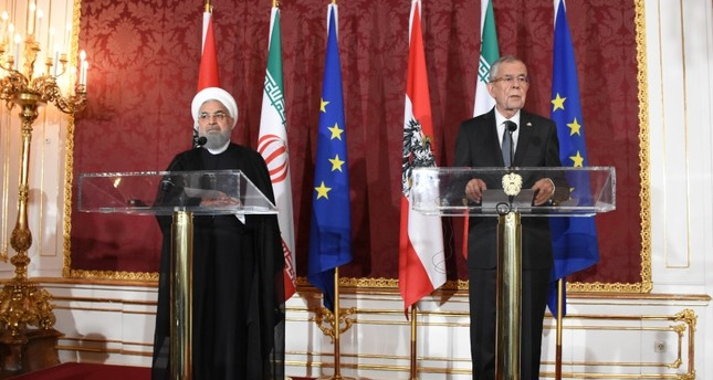 روحاني: المحاولات الأمريكية لفرض العزلة على الشعب الإيراني ستكلفها ثمناً باهظاً