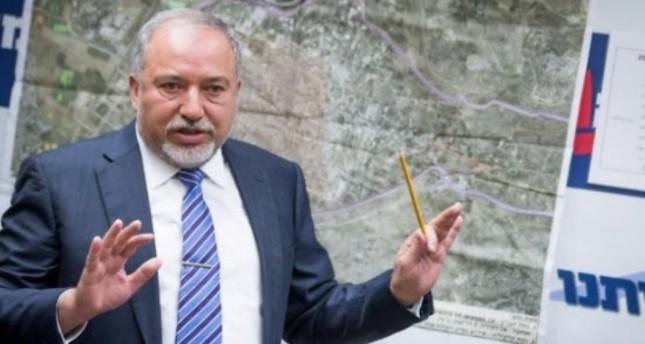 وزير الدفاع الإسرائيلي يصادق على بناء 400 وحدة استيطانية جديدة في الضفة الغربية