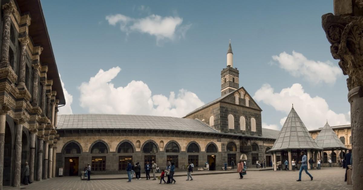 The Great Mosque of Diyarbaku0131r.