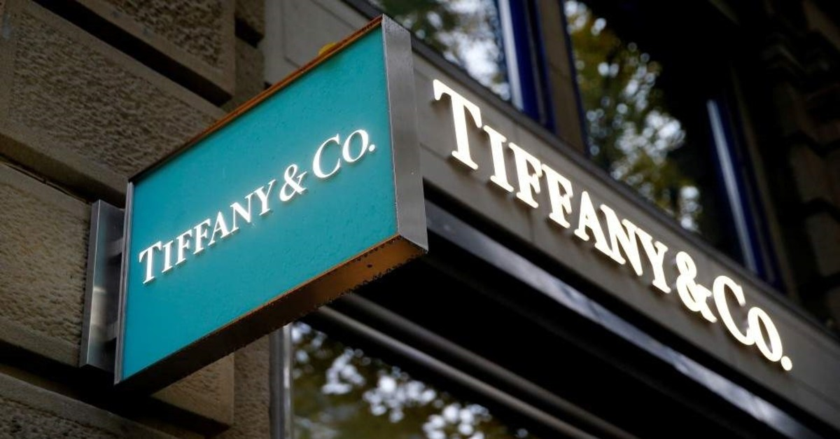 The logo of U.S. jeweller Tiffany & Co. is seen at a store at the Bahnhofstrasse shopping street in Zurich, Switzerland Oct. 26, 2016. (REUTERS Photo)