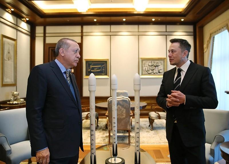 President Recep Tayyip Erdou011fan talks with Elon Musk (R) Tesla and SpaceX CEO, prior to their meeting in Ankara, Turkey, Nov. 8, 2017.