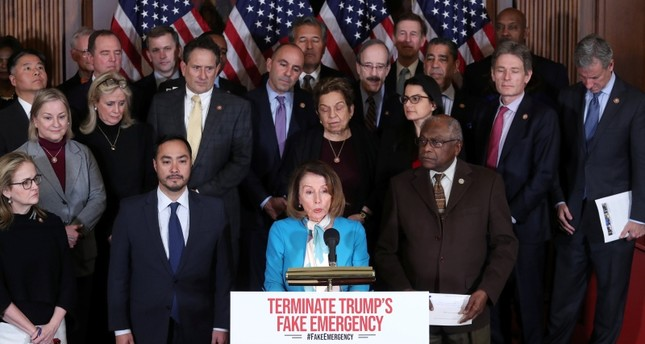 U.S. House Speaker Nancy Pelosi and House Democrats hold a news conference about their proposed resolution to terminate U.S. President Trump's Emergency Declaration on the southern border with Mexico, Feb. 25, 2019. (Reuters Photo)