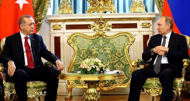 أردوغان وبوتين يؤكدان عزمهما العمل على إيصال علاقات البلدين إلى المستوى الذي تستحقه