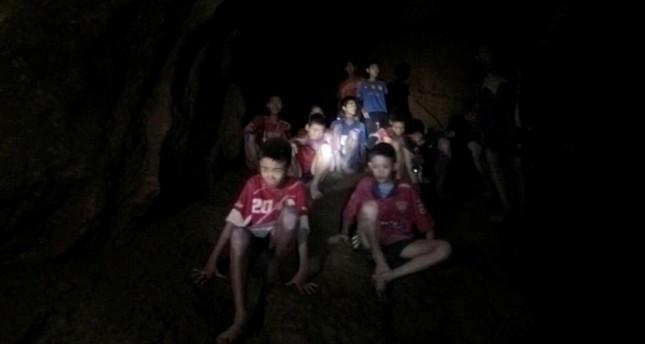 فيفا يدعو أطفال الكهف في تايلاند لحضور نهائي المونديال