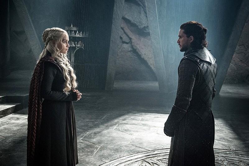 This photo provided by HBO shows Emilia Clarke as u201au00c4u00faMother of Dragonsu201au00c4u00f9 Daenerys Targaryen and Kit Harington as Jon Snow in a scene from ,Game of Thrones., (AP Photo)