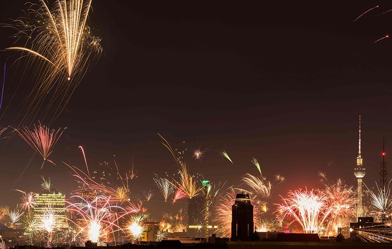 World welcomes 2018 with celebrations amid tight security measures