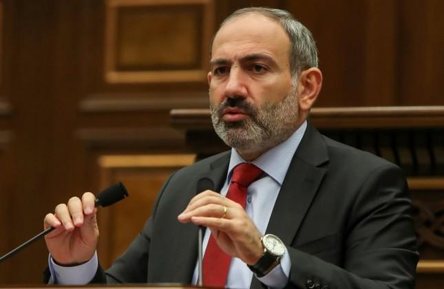Armenia's acting Prime Minister Nikol Pashinian speaks during a parliament session in Yerevan, Armenia, Nov. 1, 2018. (Reuters Photo)