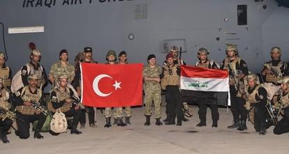أعلن الجيش التركي رسمياً، أن قوات عراقية سوف تنضم إلى المناورات المتواصلة التي يجريها الجيش التركي على الحدود مع شمالي العراق.  وقالت رئاسة أركان الجيش التركي في بيان لها: