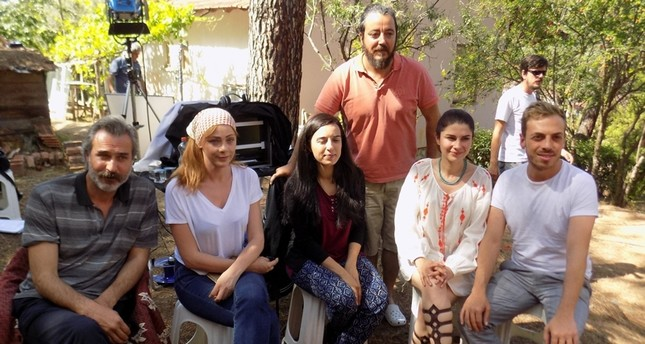 آفاق بنفسجية.. فيلم تركي يُجسّد الأزمة السورية ومعاناة اللاجئين
