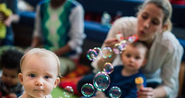 دراسة: أطفال الأمهات الأكبر سناً معرضون أكثر لخطر أمراض القلب