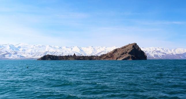 Lake Van warms up, threatening ecosystem