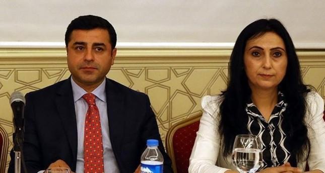 القضاء التركي يأمر بسجن الرئيسين المشاركين لحزب الشعوب الديمقراطي