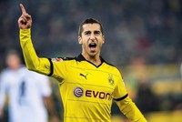 Mkhitaryan joins Manchester United as Mourinho continues rebuilding