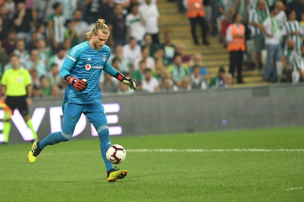 Beu015fiktau015f's newly signed goalkeeper Loris Karius played for the first time in the Super League.