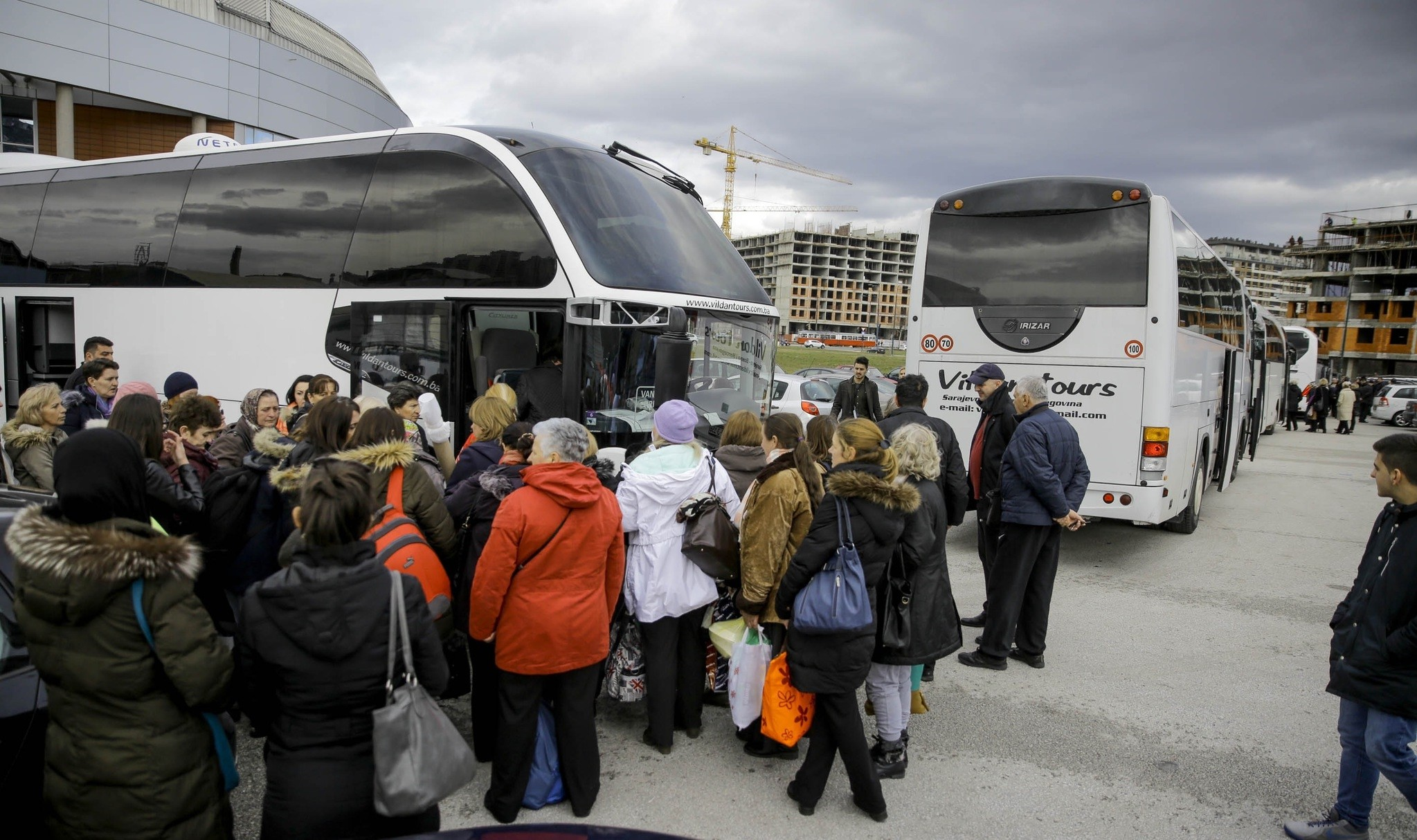 Some 200 women from Bosnia traveled by bus to join the convoy for Syrian womenu2019s rights in Istanbul.