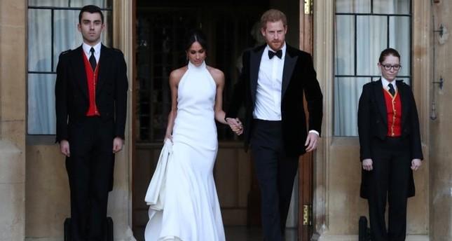 الأمير هاري بكى في زفافه الملكي.. والسبب زوجته