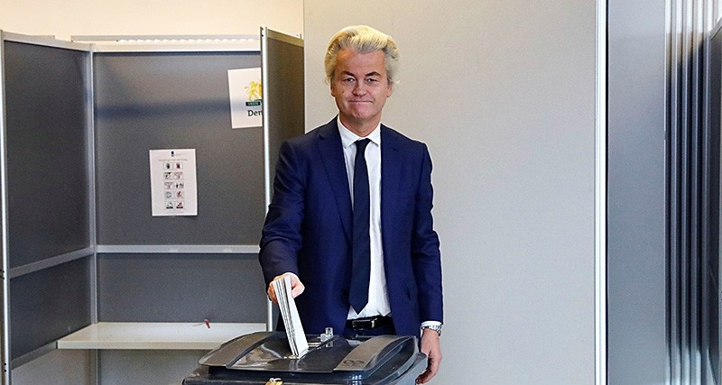 Dutch far-right politician Geert Wilders of the PVV Party votes in the general election in The Hague, Netherlands, March 15, 2017. (Reuters Photo)