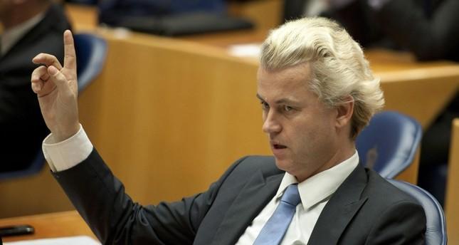 زعيم اليمين المتطرف الهولندي غيرت فيلدرز الذي دعا للمسابقة (من الأرشيف)