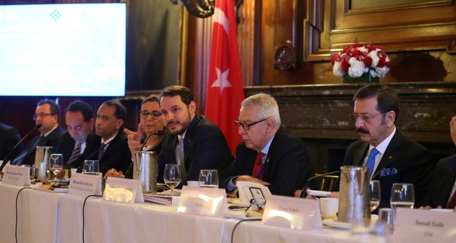 وزير الخزانة التركي يلتقي مسؤولي كبرى شركات الاستثمار الأمريكية