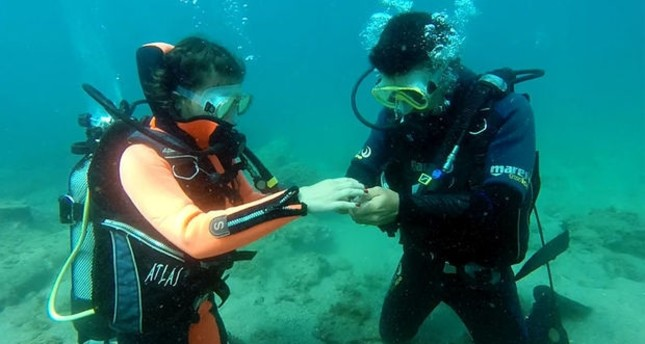 Diving spots on Aegean popular for wedding proposals