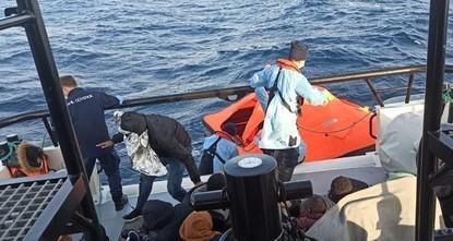 وزير الداخلية التركي يشارك فيديو لمهاجرين رفضت اليونان استقبالهم