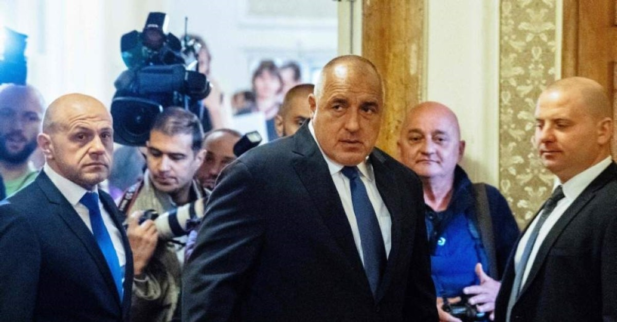 Bulgarian Prime Minister Boyko Borissov (C) arrives at the first solemn sitting of the 44th National Assembly at the Bulgarian Parliament in Sofia on April 19, 2017. (AFP Photo)