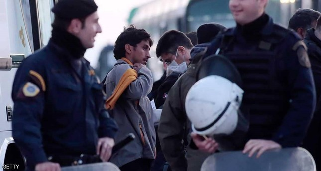حرس حدود لمواجهة المهاجرين..يقسم أوروبا
