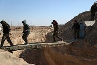 قال مصدر عسكري كردي أمس الثلاثاء إن تحالف قوات سوريا الديمقراطية الذي تدعمه الولايات المتحدة، ويشكل تنظيم