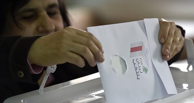إقبال اللبنانيين على الانتخابات حتى الظهر  ما زال خجولاً