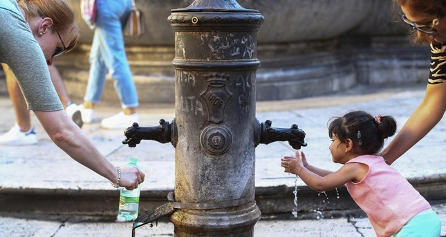 Drought threatens Rome's eternal drinking fountains