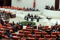 AK Party to offer 2 constitutional amendment packages to MHP
