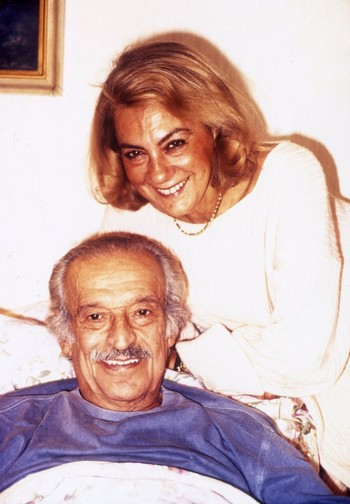 Sadri Alışık with his wife Çolpan İlhan.