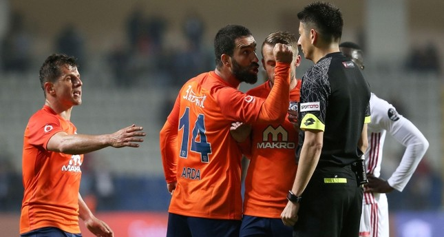 النيابة تطالب بحبس لاعب المنتخب التركي أردا توران 12 عاماً ونصفا