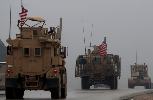 This Dec. 30, 2018 photo shows a convoy of U.S. military vehicles in Manbij, northern Syria. (AFP Photo)