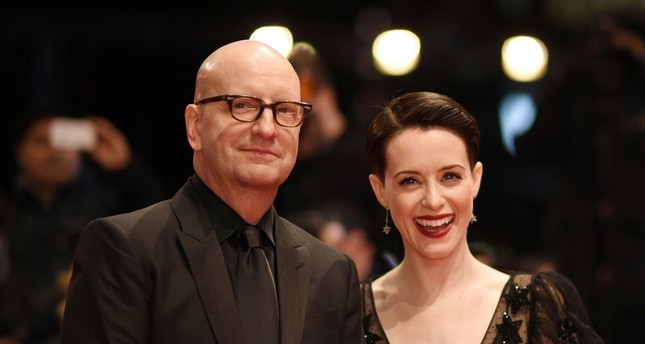 Режиссёр Стивена Содерберг (слева) и английская актриса Клэр Фой (Фото: EPA)