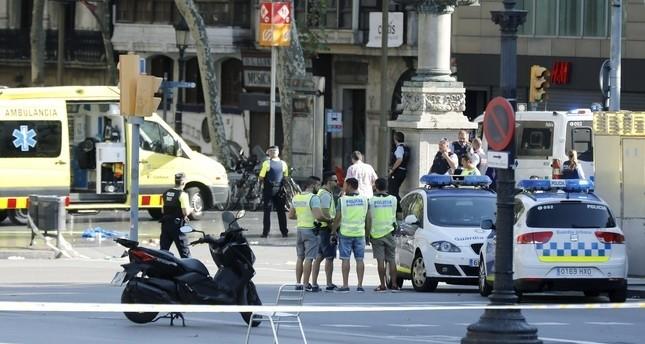 صحيفة الباييس: منفذ هجوم برشلونة كان مخبراً لدى الاستخبارات الإسبانية